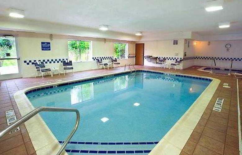 Fairfield Inn & Suites Traverse City - Hotel - 23