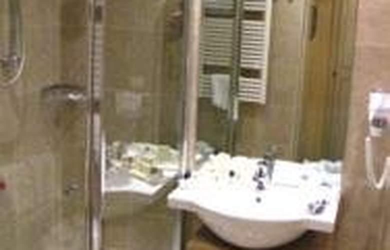 Duomo Hotel - Room - 4