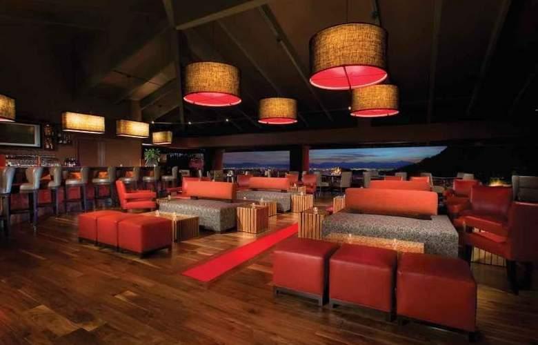 Pointe Hilton Tapatio Cliffs - Bar - 13