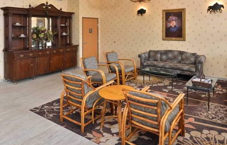 Comfort Inn at Buffalo Bill Village Resort - General - 5