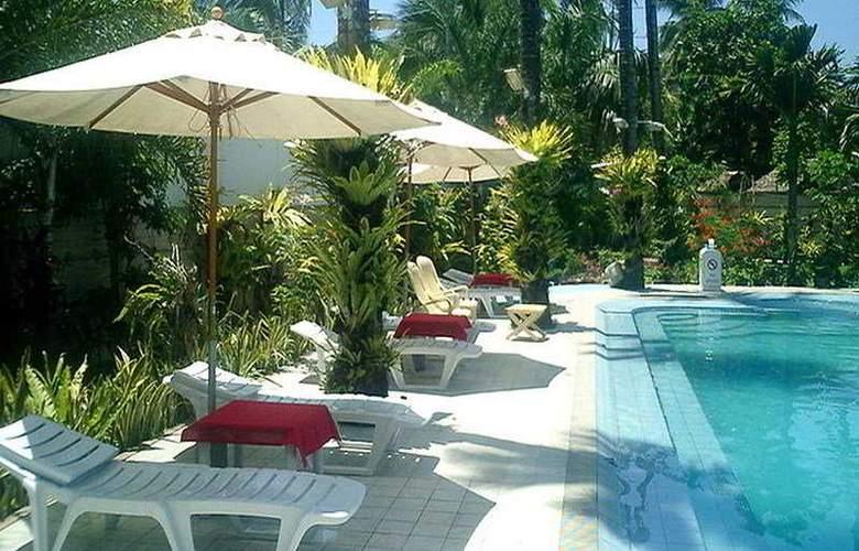 Patio Pacific Boracay - Pool - 2