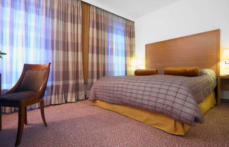Clement Hotel - Room - 2