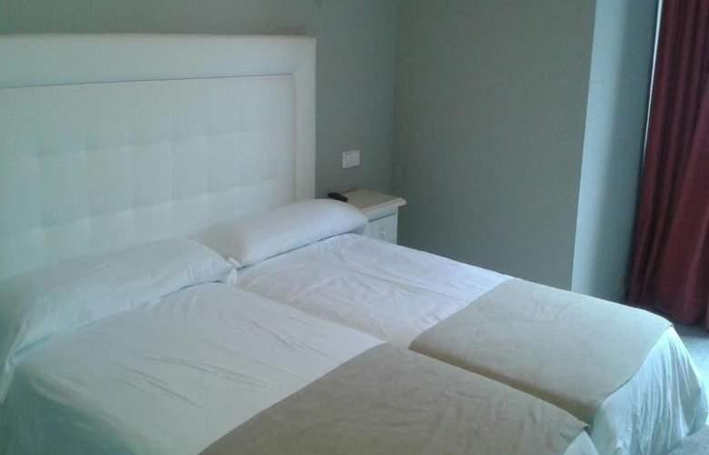 El Pradet - Room - 4