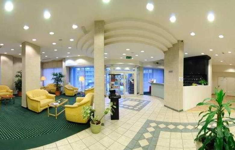 Europa Hotels & Congress Center - Superior - General - 2