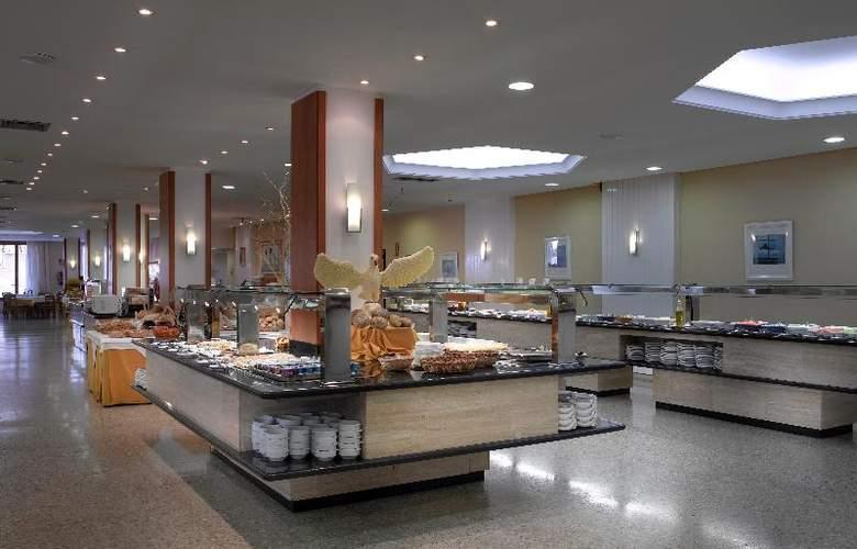 Fiesta Hotel Tanit - Restaurant - 24
