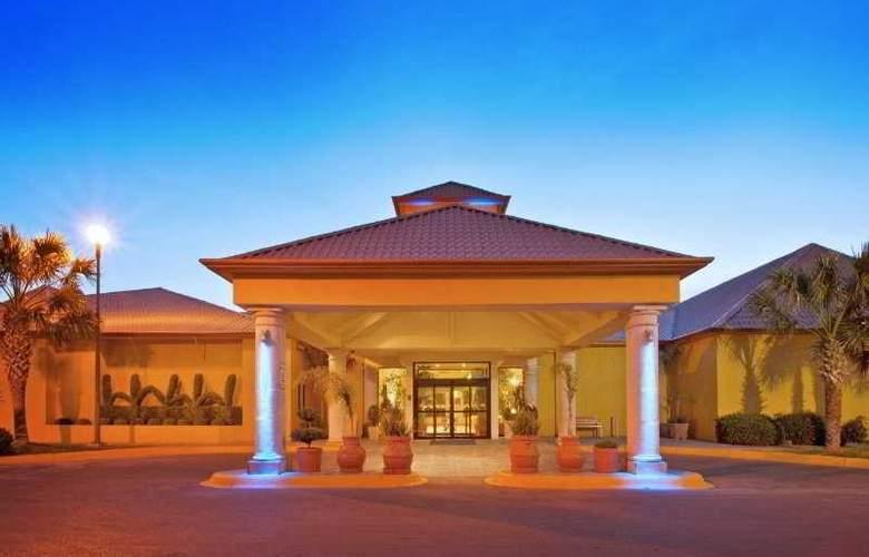 Holiday Inn Express Chihuahua - Hotel - 0