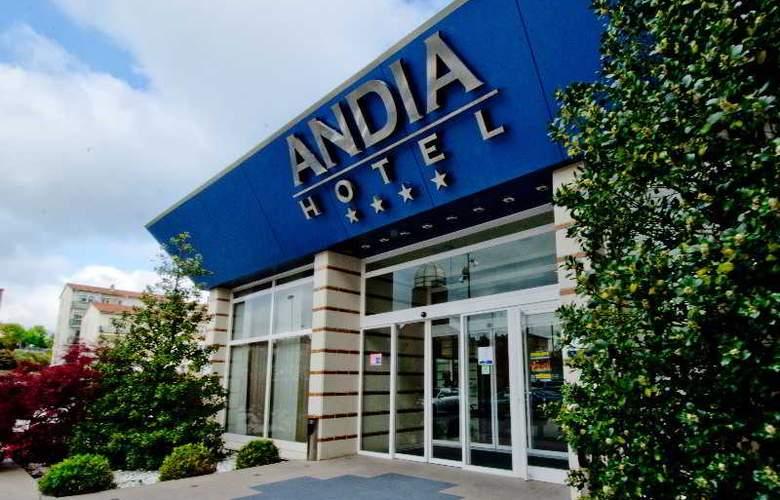 Andia - Hotel - 0