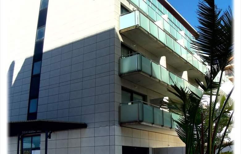 Mediterraneo Apartamentos - Hotel - 7