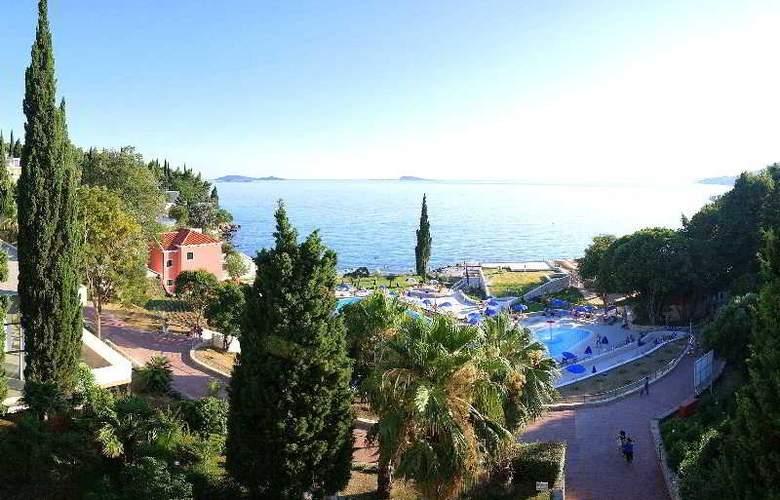 Astarea - Beach - 5