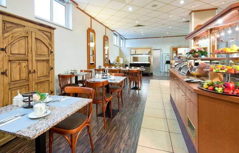 Achat Premium Neustadt Weinstrasse - Restaurant - 11