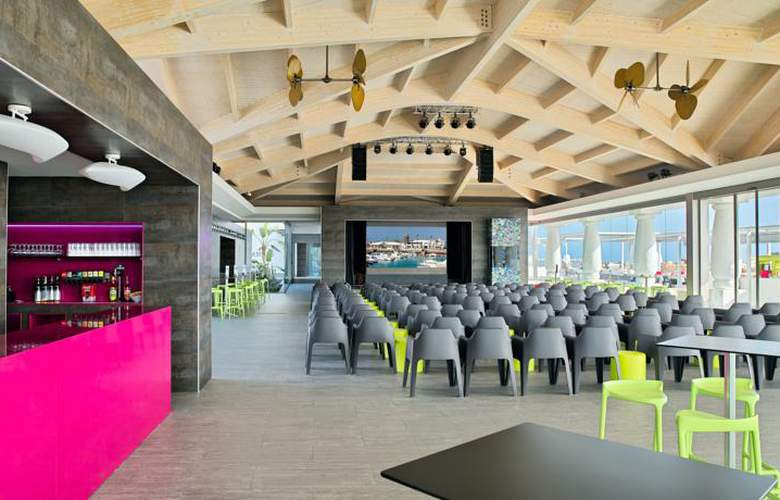 Barceló Castillo Beach Resort - Bar - 4