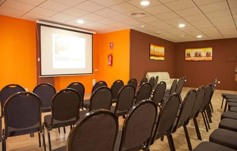 Plaza Alaquas - Conference - 13