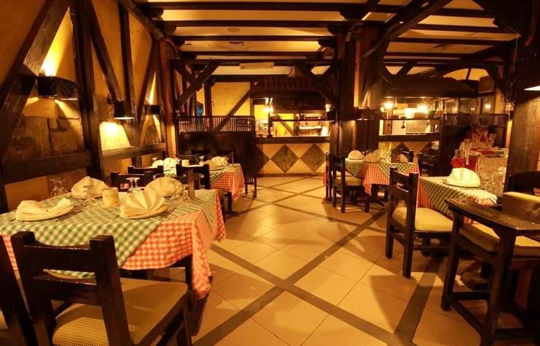 Le Pacha Resort - Restaurant - 3
