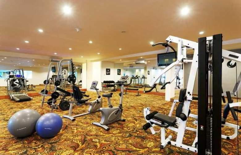 Kuta Station Hotel & Spa Bali - Sport - 15