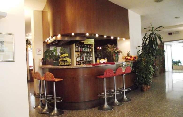 IH Milano St. John Sesto San Giovanni - Hotel - 3