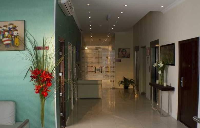 Ker Urquiza Hotel & Suites - General - 3