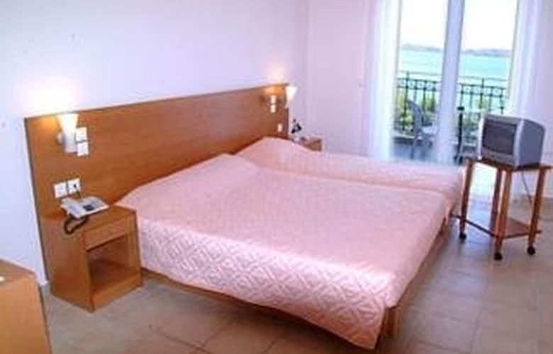 Limanaki Hotel - Room - 1
