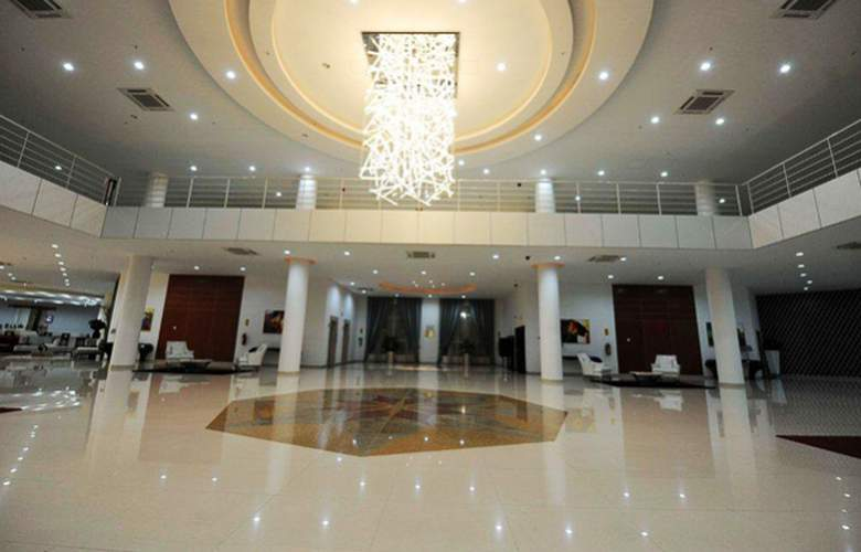 Ritz Victoria Garden - Hotel - 11