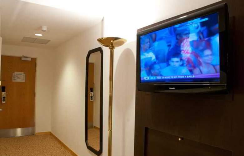 Oasis Hotel Kuwait - Room - 5