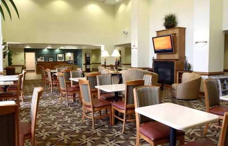 Hampton Inn & Suites Chesapeake-Square Mall - Hotel - 8