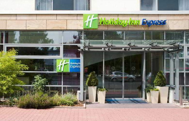 Holiday Inn Express Frankfurt-Messe - General - 4