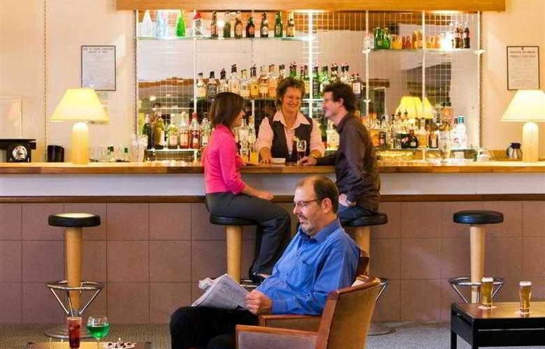 Kyriad Le Creusot Montchanin en Bourgogne - Hotel - 2