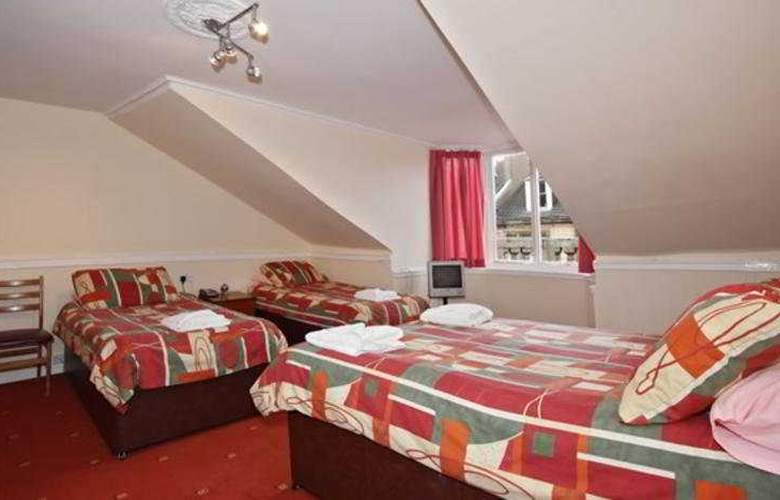 McLays Guest House - Room - 8
