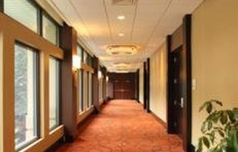 Holiday Inn BWI - General - 2