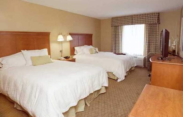 Hampton Inn & Suites Tilton - Hotel - 3