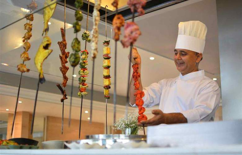 Bangkok Hotel Lotus Sukhumvit - Restaurant - 42
