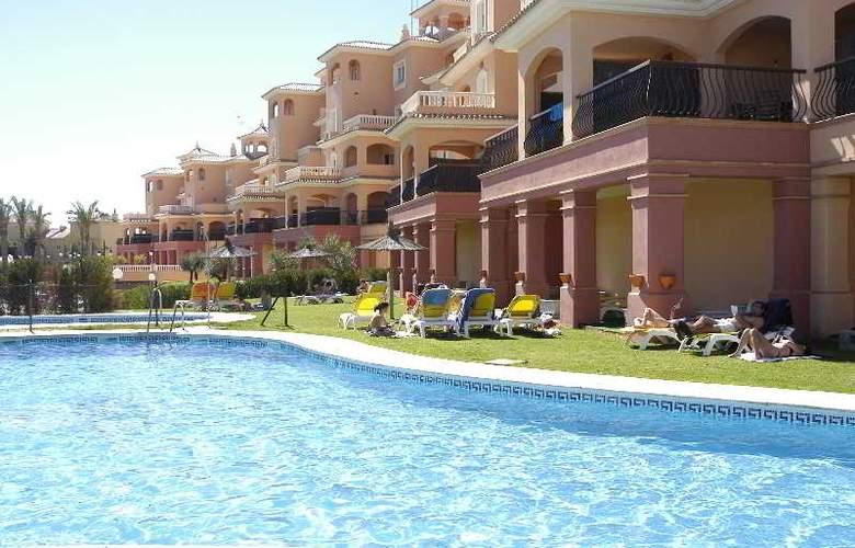 Dunas de Doñana Golf Resort - Pool - 21