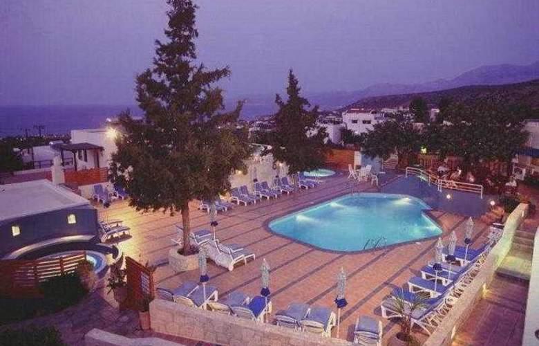 Esperides Villas - Pool - 4