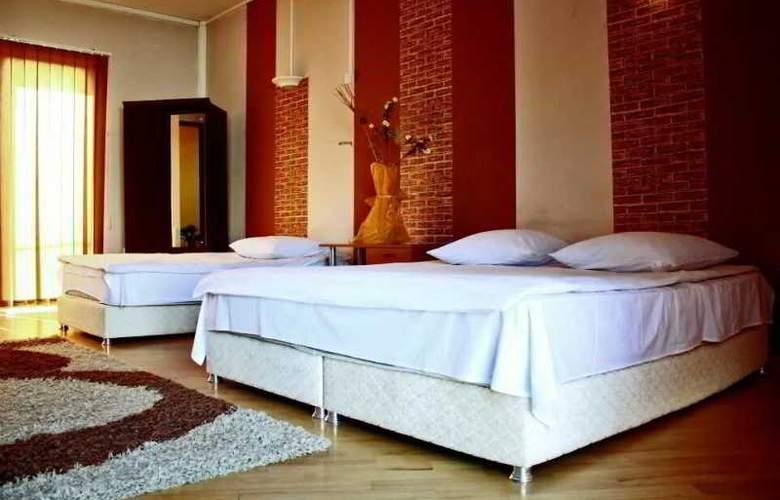 Vip Ele Hotel - Room - 0