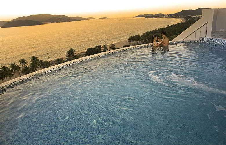 Prime Hotel - Pool - 6