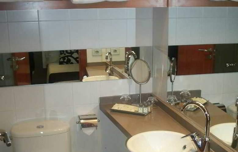 Aparthotel Senator Barcelona - Room - 12