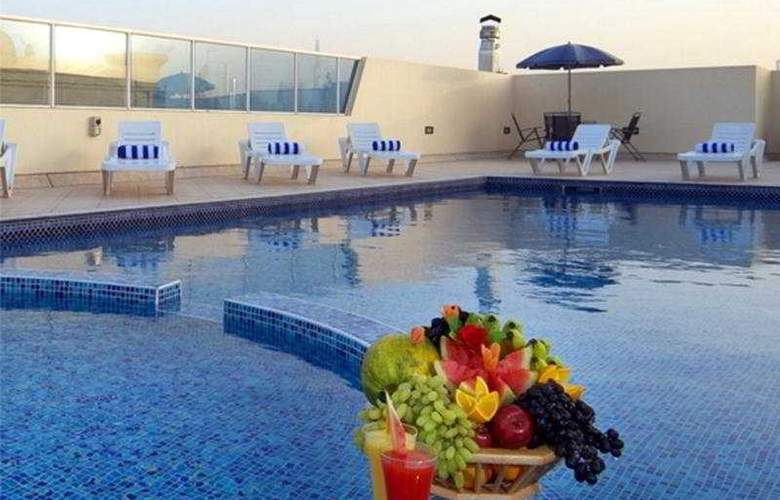 ABC Arabian Suites - Pool - 5