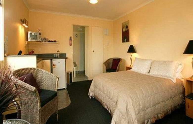Colonial Motel - Room - 3