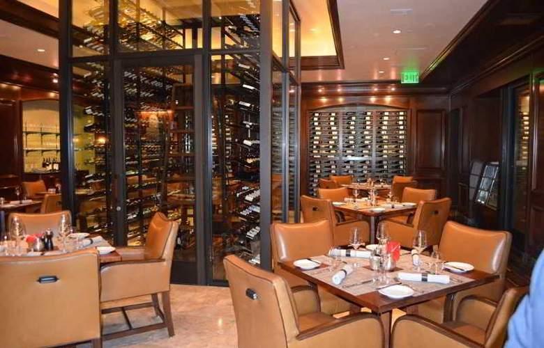 Ritz Carlton Laguna Niguel - Restaurant - 10