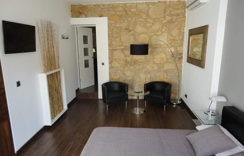 Alos Apartamentos - Room - 4
