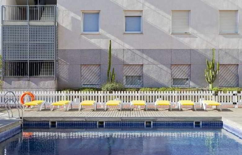 Vertice Aljarafe - Pool - 28