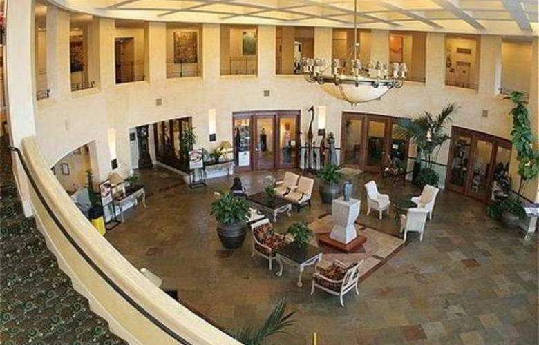Crowne Plaza Cabana Hotel & Resort - General - 1