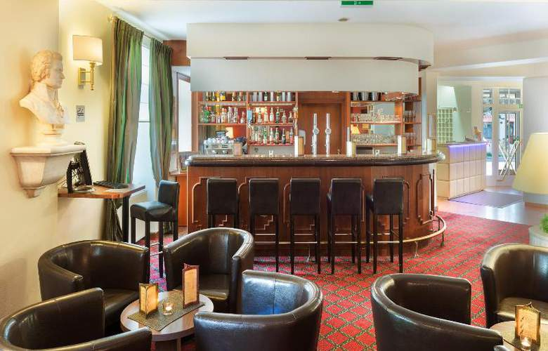 Goldenes Theater Hotel - Bar - 28