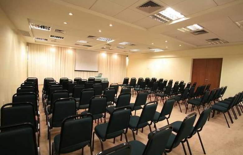 Comfort Hotel Uberlandia - Conference - 10