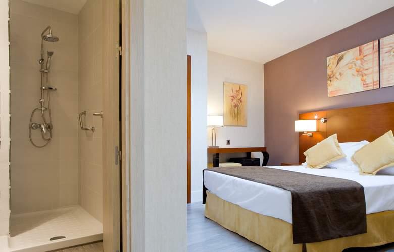 Puerta de Toledo - Room - 21