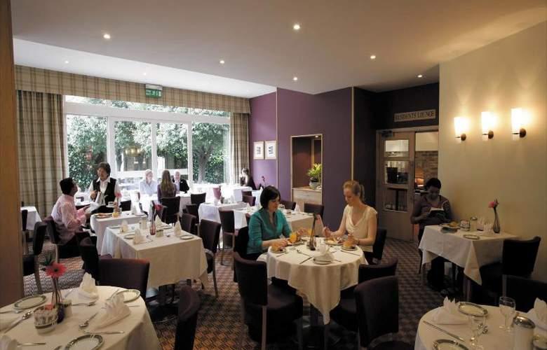 The Bedford - Restaurant - 12