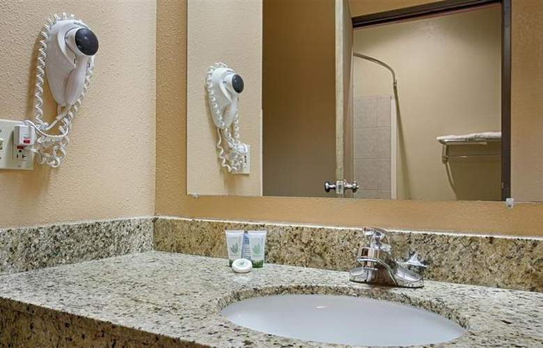 Best Western Topeka Inn & Suites - Room - 47