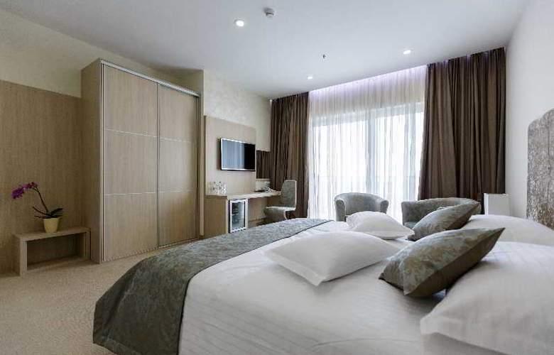Fanat - Room - 8
