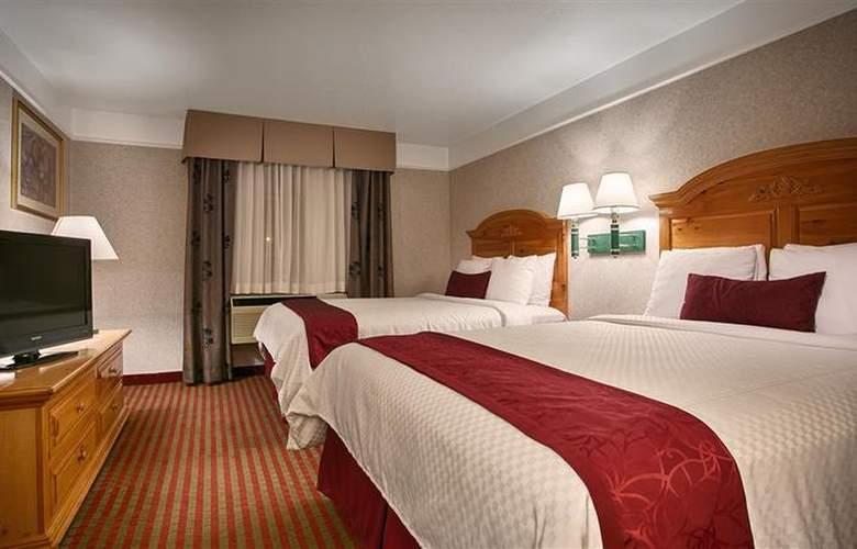 Best Western Plus Executive Suites Albuquerque - Room - 13