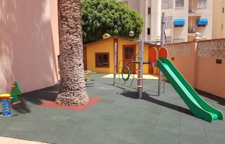Parasol Garden - Services - 7