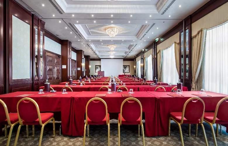 Royal Hotel Carlton - Conference - 17
